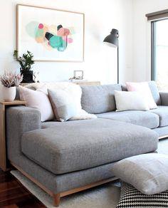 """2,066 Likes, 13 Comments - Simon Says Home (@simonsayshome) on Instagram: """"Living Room Inspo ✨ The home of @heidi_lisa_loves 😍"""""""
