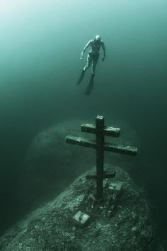 Baikal Lake. The Cross. Andrey Sidorov