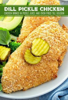 Dill Pickle Chicken: chicken breasts are brined overnight in pickle juice, breaded in seasoned bread crumbs and baked until perfectly juicy and golden brown! Pickled Chicken Recipe, Chicken Salad Recipes, Making Fried Chicken, Oven Fried Chicken, Bread Crumb Chicken Baked, Brining Chicken, Homemade Pickles, Fries In The Oven, Carne
