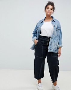 Browse online for the newest ASOS DESIGN Curve denim girlfriend jacket in lightwash blue styles. Shop easier with ASOS' multiple payments and return options (Ts&Cs apply). Fat Girl Outfits, Curvy Outfits, Cool Outfits, Casual Outfits, Fashion Outfits, Fat Girl Fashion, Curvy Fashion, Plus Size Fall Outfit, Plus Size Outfits