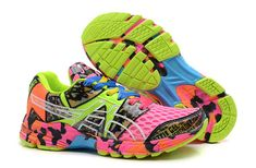 ASICS 8 fluorescent green shoes on behalf of Rose   #onitsukatiger