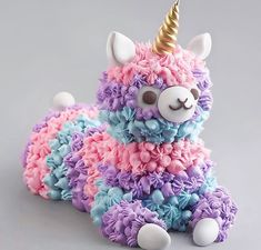 25 You can try lots of sweet pictures that your kids will love easily while you have time - Delicious Food Kids Birthday Cake Girls, Unicorn Birthday, Beautiful Cakes, Amazing Cakes, Cute Food, Yummy Food, Kreative Desserts, Unicorn Foods, Cute Baking