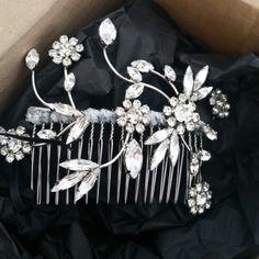Wilderness hair comb #accessories #weddingaccessories #bridal