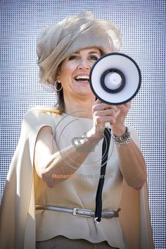 Queen Máxima Visits Urk for Neighbour's Day Launch
