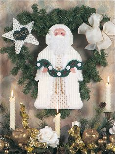 Plastic Canvas - Special Occasions - Christmas - Peace Santa Wreath - #FP00564