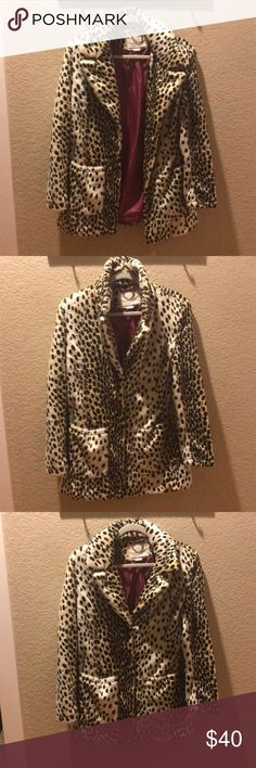 Coat Leopard coat size Large Jackets & Coats