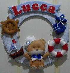 Enfeite de Porta de Maternidade, ou Decoração do Quarto do bebê, feitos em feltro e tecido e personalizados com o nome de seu bebê.