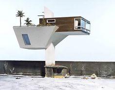 absurd-architecture-of-artist-Frank-Kunert-10