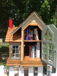 little+free+library | The Little Free Library located at 9991 N Mulberry Drive in Cedar ...