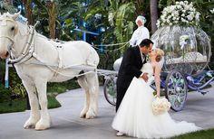 Fairy tale | Fantasy | Enchanted Forrest | Princess | Dream | Disneyland Hotel Rose Garden | Wedding Design Inspiration
