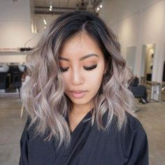 9 Hair Colors Trends That Are Huge In 2019 New hair - new life! If you're looking for something new, we gotchu. Get inspired by these 9 hair colors trends of 2019 and get yourself ready for a change. Brown Hair Balayage, Brown Blonde Hair, Hair Color Balayage, Blonde Asian Hair, Black Hair, Asian Balayage, Asian Hair Blonde Highlights, Asians With Blonde Hair, Asian Ombre Hair