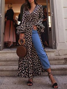 Fashion T shirt with long sleeves and leopard print maxidress maxidresse . : Fashion T shirt with long sleeves and leopard print maxidress maxidresse . Maxi Shirt Dress, Maxi Wrap Dress, Maxi Dress With Sleeves, The Dress, Wrap Blouse, Dress Tops, Kimono Dress, Shirt Outfit, Sexy Party Dress
