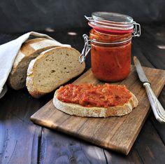 Rezept des Monats Oktober - Zacusca (Rumänischer Gemüseaufstrich)