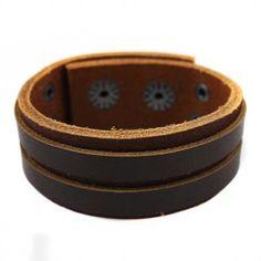 Bracelete em Couro Natural marrom com 02 faixa sobreposta de couro na cor marrom.
