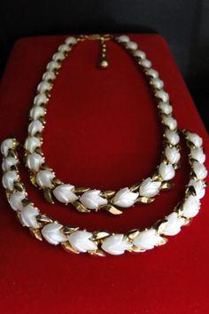 Vintage Trifari Bracelet Necklace, Moonglow Thermoset Flowers, Crown Trifari, Signed Trifari Jewelry Set, Trifari Lot, Vintage Jewelry Set