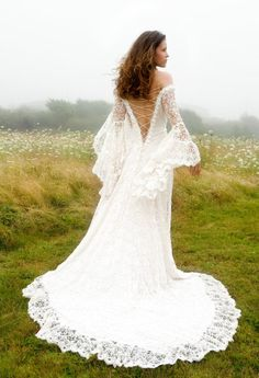 Designer Custom Wedding Gowns and Dresses | Fashion, Designer, Custom, Couture | Katherine Feiel Wedding Gowns | Queen Anne's Lace