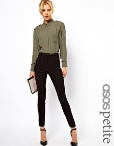 Schmale Hose mit hoher Taille. ASOS petite