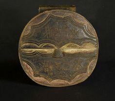 Nu in de #Catawiki veilingen: African Tribal TEKE Kidumu plank mask. Democratic Republic Congo and Gabon.