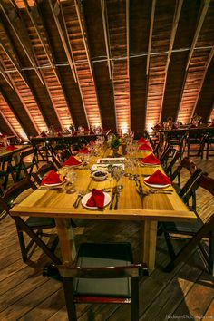 Have your wedding at the beautiful Barn at Perona Farms!  Photo courtesy of Will Blochinger Photography.