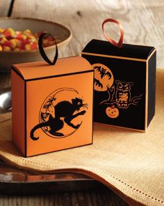Halloween Clip-Art Candy Boxes How-To #halloweenparty #halloweendecor