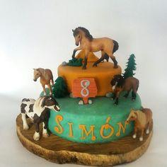 Spirit cake Western Birthday Cakes, Horse Birthday Parties, Cowgirl Birthday, Themed Birthday Cakes, Birthday Cake Girls, Birthday Party Themes, 2nd Birthday, Birthday Ideas, Kids Party Themes