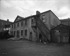 Streetscape Memory Bank: The Nicholas Sparks House University Of Ottawa, Nicholas Sparks, Old Pictures, Ontario, Restoration, Backyard, Canada, Urban, Memories