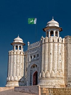 Lahore Fort by Nayyer Reza on Flickr.