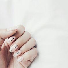 Minimalist nails | @andwhatelse
