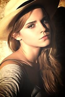Emma Watson - effortless casual