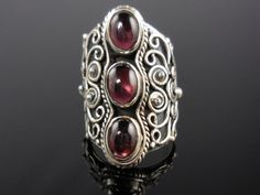 Garnet Cabochon 3-Stone Sterling Silver Ring - Size 7.0