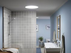 Fill your home with light by installing a Velux or Fakro roof window. Luz Natural, Solar Tube Lighting, Conduit, Tuile, Roof Window, Exterior Design, Interior Inspiration, Sweet Home, Bathtub