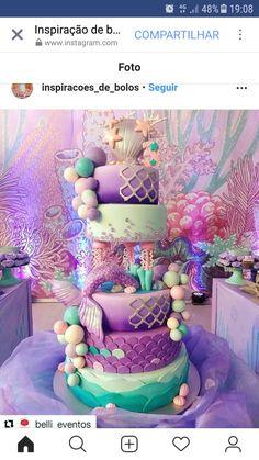 How to Make a Mermaid Birthday Cake - Banana Cupcake Ideen Mermaid Birthday Cakes, Little Mermaid Birthday, Little Mermaid Parties, Mermaid Cakes, Baby Birthday, Birthday Ideas, Mermaid Baby Showers, Baby Mermaid, First Birthdays