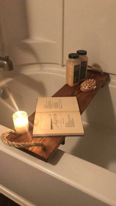 Ideas for bath tub tray diy bedrooms Bathtub Tray, Bathtub Caddy, Diy Bathtub, Bath Tub, Bath Trays, Rustic Bathtubs, Bath Board, Simple Bathroom, Bathroom Ideas