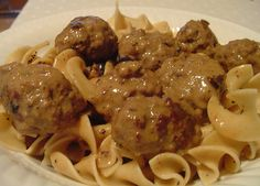swedish meatballs by Elly Says Opa, via Flickr