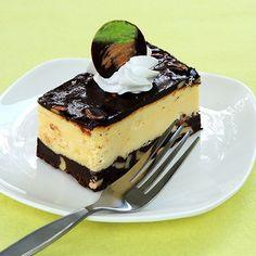 Cheesecake de Dos Chocolates Te enseñamos a cocinar recetas fáciles cómo la receta de Cheesecake de Dos Chocolates y muchas otras recetas de cocina..