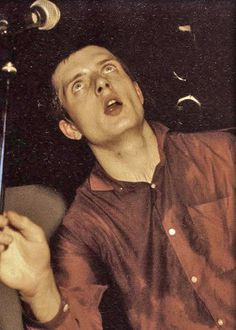 Ian Curtis, the soul of Joy Division Joy Division, Ian Curtis, Kinds Of Music, Music Is Life, Goth Bands, Normal Guys, Punk Goth, Alternative Music, Music Film