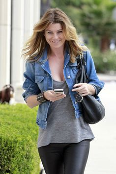 Dude, I would love to have all the clothes in Ellen Pompeo's closet. Girl's got style!!!