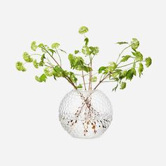 When Carina Seth Andersson designed Vase Dagg for Svenskt Tenn in she was inspired by the Scandinavian nature. Ikebana, Monday Inspiration, Room Inspiration, Gardening, Accessories Shop, Candlesticks, Different Colors, Interior Decorating, Interior Design