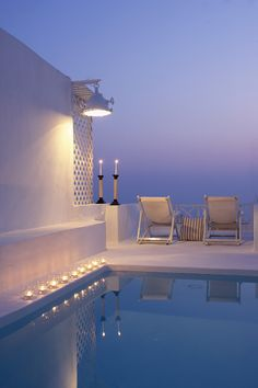 The On the Rocks Hotel in Santorini is romantic, minimal and chic http://www.mediteranique.com/hotels-greece/santorini/on-the-rocks-hotel/