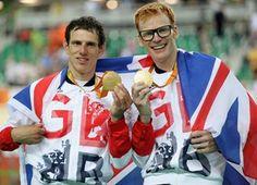 Medal - Bate, Steve - Cycling Track - Great Britain, Brazil - Men's B 4000m Individual Pursuit - Men's B 4000m Individual Pursuit - Gold - Rio Olympic Velodrome