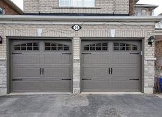 Garage Door Colors, Garage Door Design, Garage Doors, Old Garage, Red Bricks, Design Inspiration, Design Ideas, Curb Appeal, Door Ideas