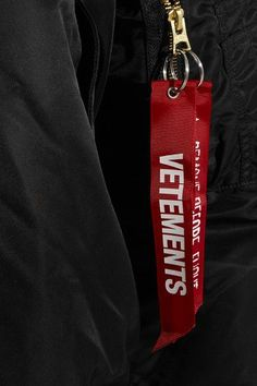 Vetements - Alpha Industries Oversized Hooded Reversible Shell Bomber Jacket - Black - x small