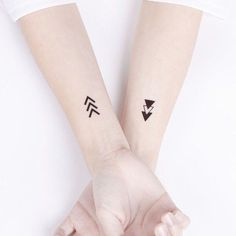 Grab your hot tattoo designs. Get access to thousands of tattoo designs and tattoo photos Tiny Tattoos For Girls, Tattoos For Women Small, Small Tattoos, Tattoos For Guys, Subtle Tattoos, Trendy Tattoos, Dainty Tattoos, Back Tattoos, Mini Tattoos