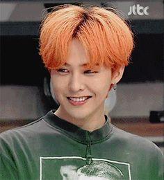 G-Dragon orange hair