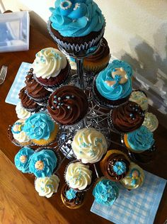 http://cupcakestakethecake.blogspot.com/2012/01/twitter-postings-lead-to-cupprimo.html