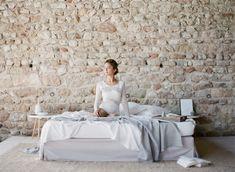 A minimalist ballerina wedding inspiration Portra 400, Ballerina, Wedding Inspiration, Minimalist, Home, Ballet Flat, Ad Home, Homes, Ballerina Drawing