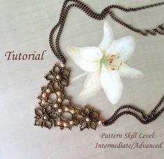 DENTELLE D'ALENCON beaded necklace beading di PeyoteBeadArt