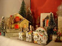 Antique Cardboard Christmas House (250K)