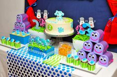 Cute Blue's Clues Party. See more party ideas at CatchMyParty.com. #lbluescluespartyideas