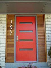 The Crestview Door Brentwood, horizontal wood around door